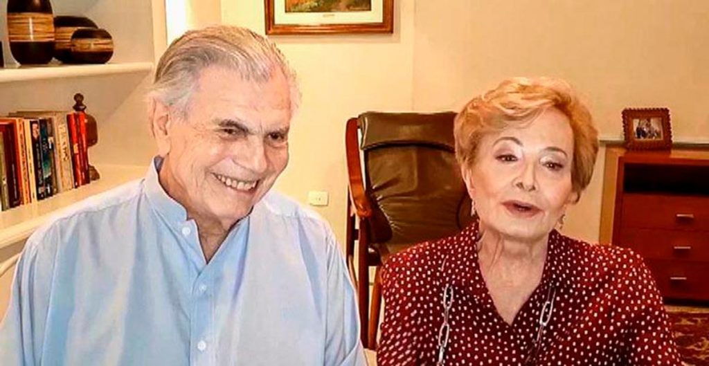 After Tarcísio Meira's death, the daughter-in-law becomes sentimental and promises to take care of Gloria Menezes
