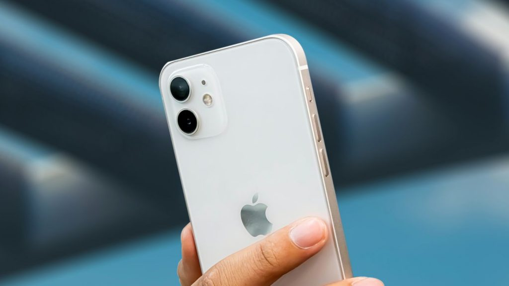 apple salad    iPhone 11, iPhone 12 and more branded mobile phones on offer on OFFER
