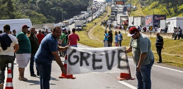 Petrobras advocates pricing policy;  Truck drivers talk about the strike